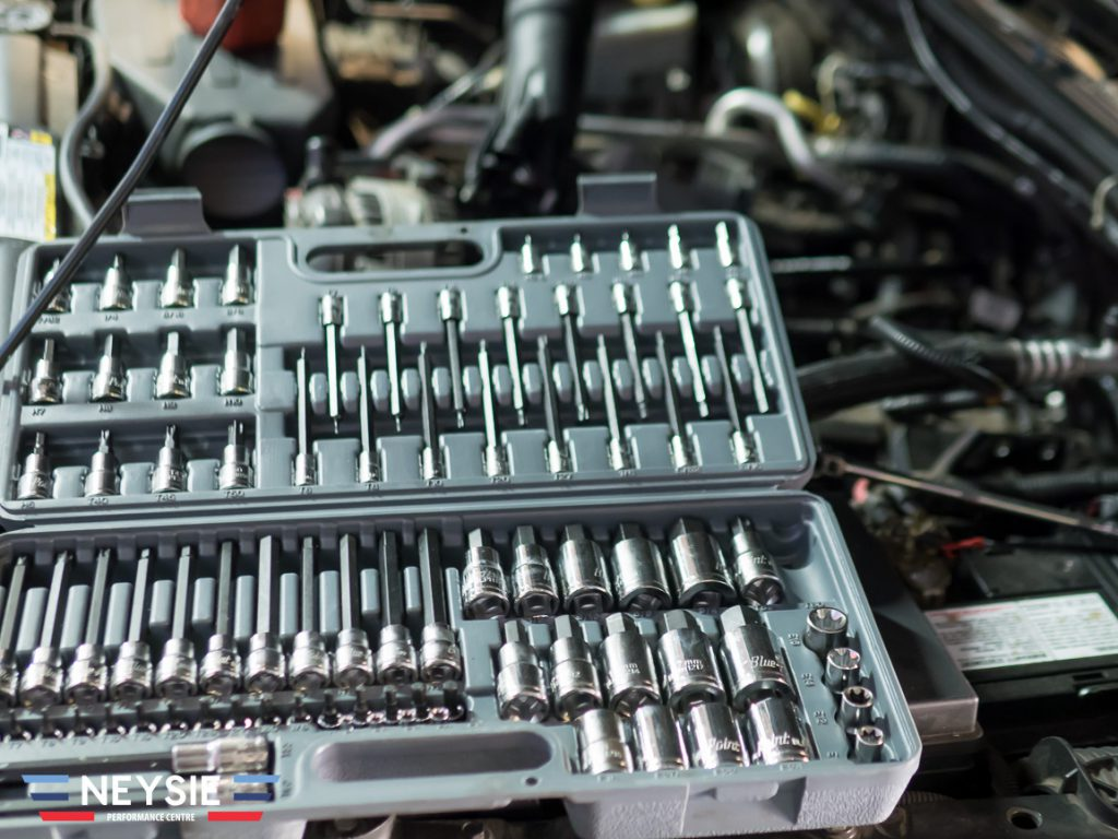 Socket set.