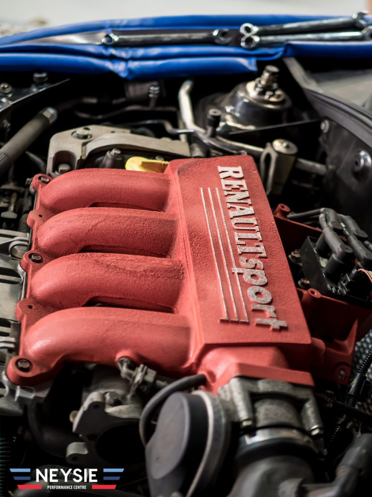 Renaultsport engine.